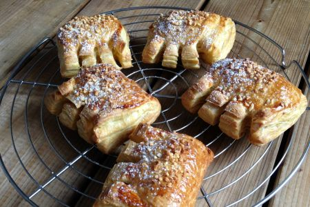 almond bear claws 3